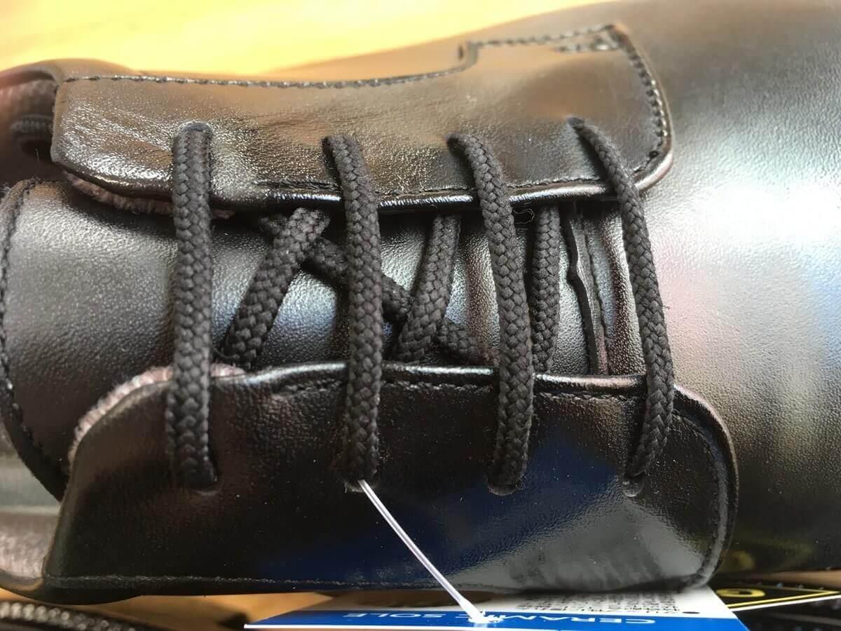 通勤快足 靴紐