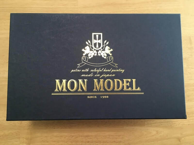 Mon model 外箱
