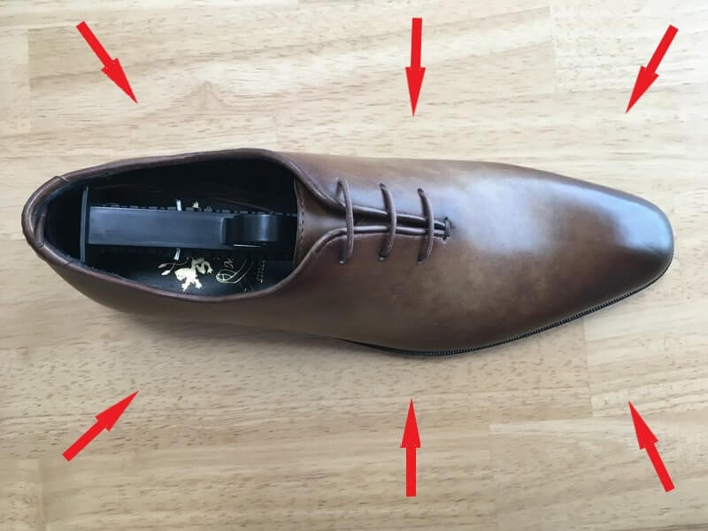 Mon model 革靴 圧迫感