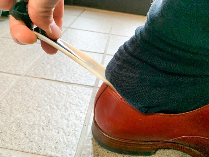 靴ベラ 使い方